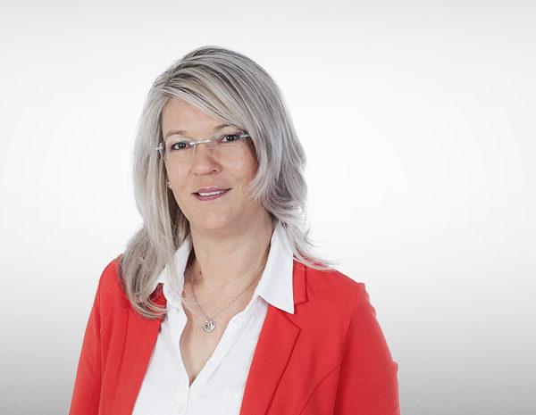 Steuerfachangestellte Sabine Ernst